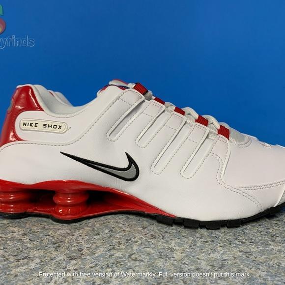 Nike Shox NZ Mens Size White Red Black Silver Gym